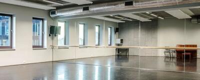 Spiegelwand in dansschool